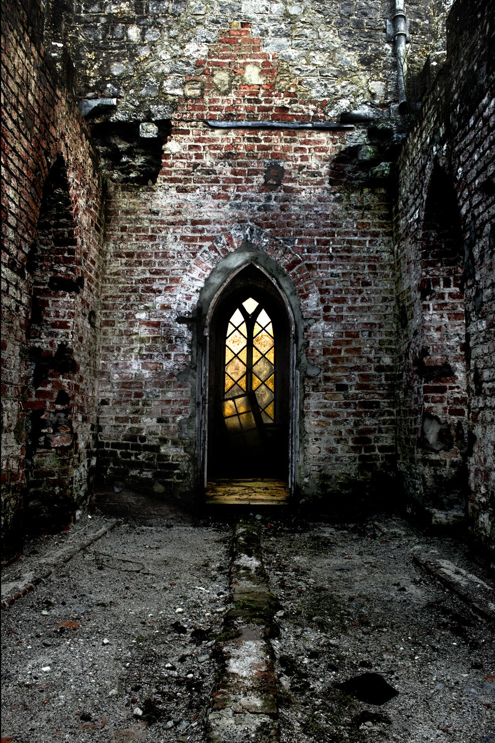 Ruined annex chapel