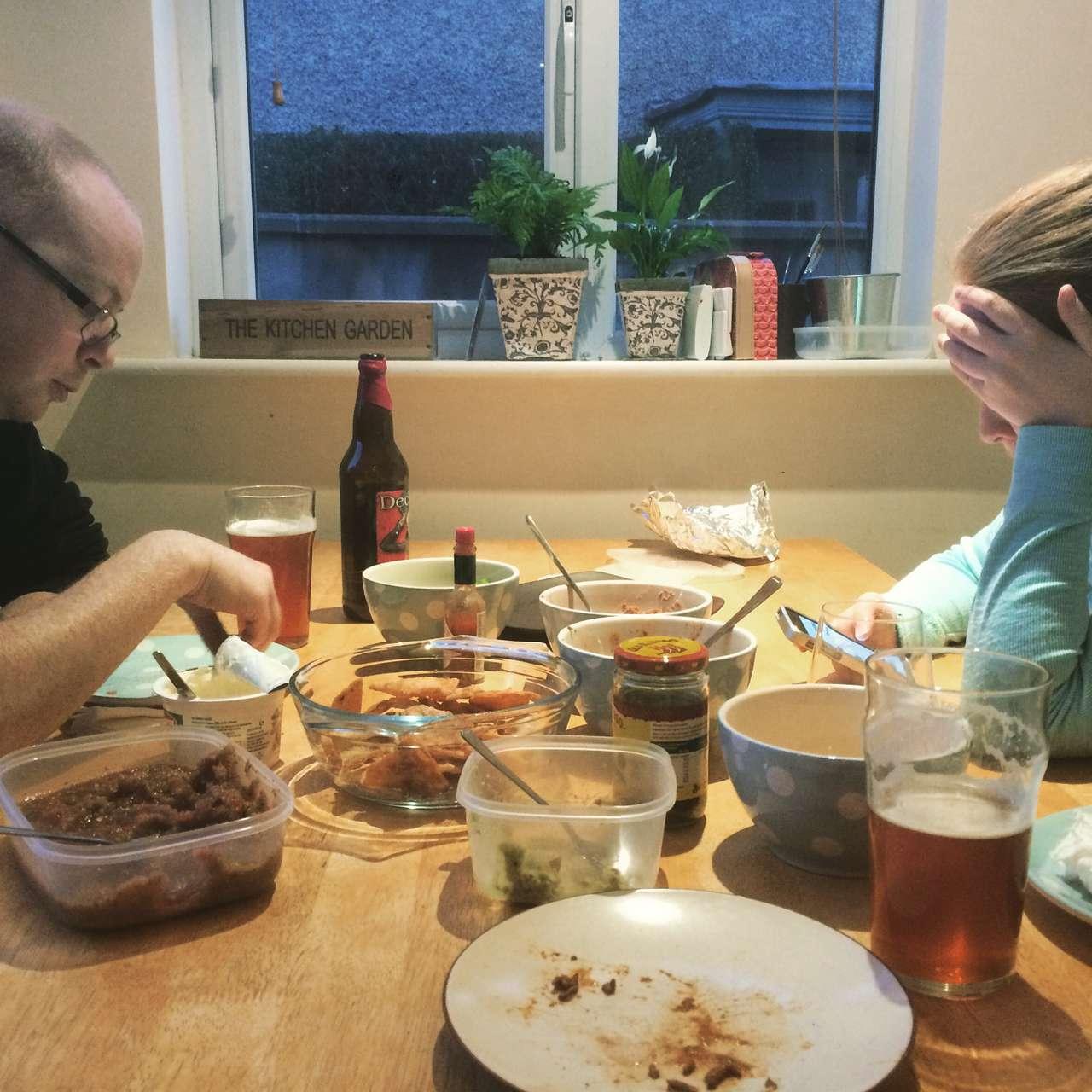 Eadaoin and Donny struggle through dinner