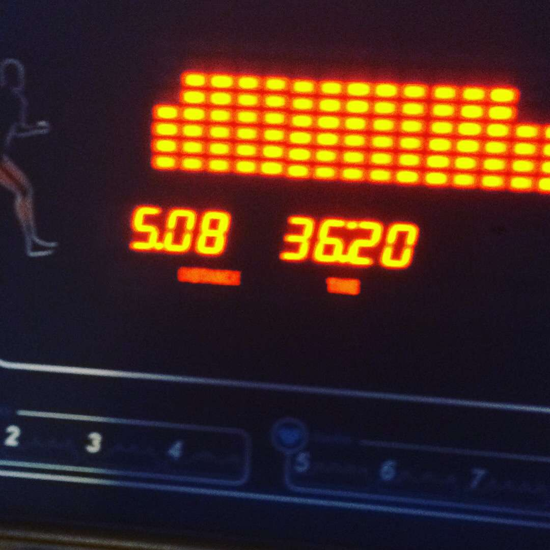 5k nonstop run on treadmill!