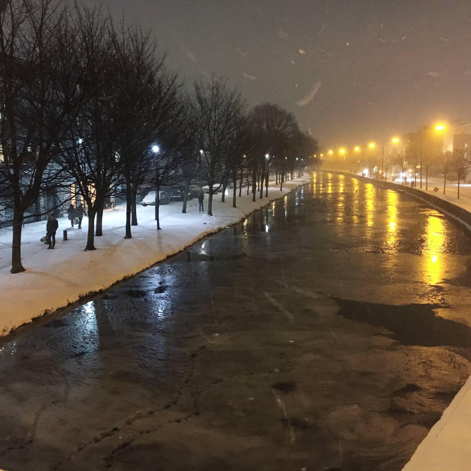 A frozen Grand Canal