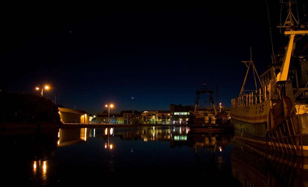 Galway's dock at night