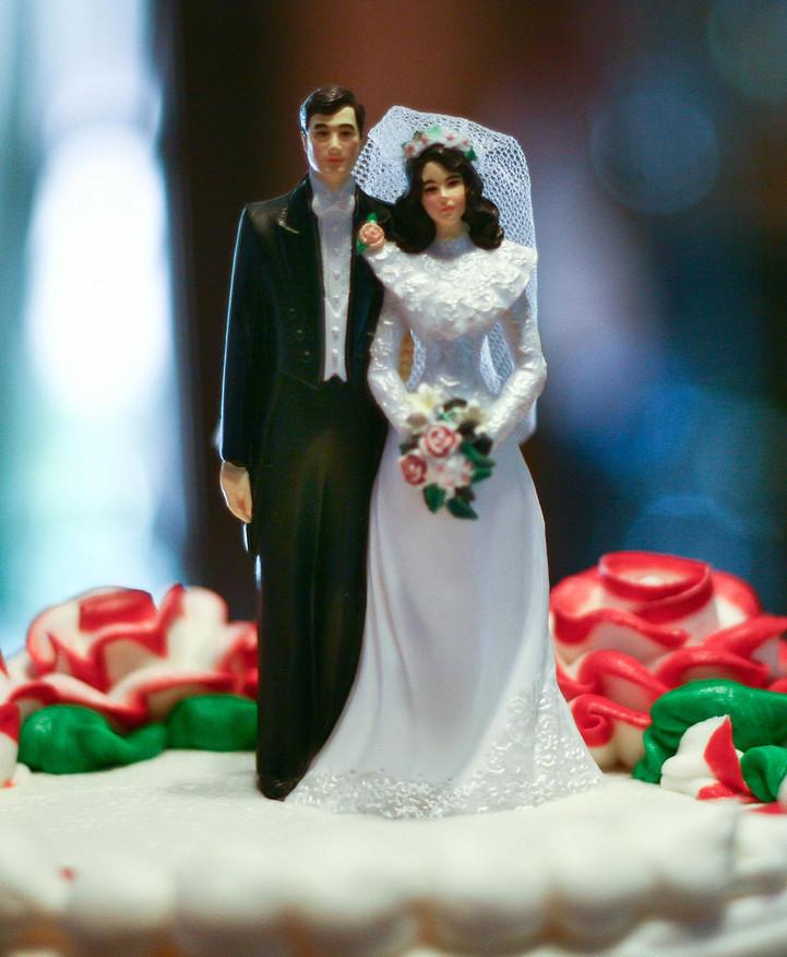 Holli and Jacob's wedding cake